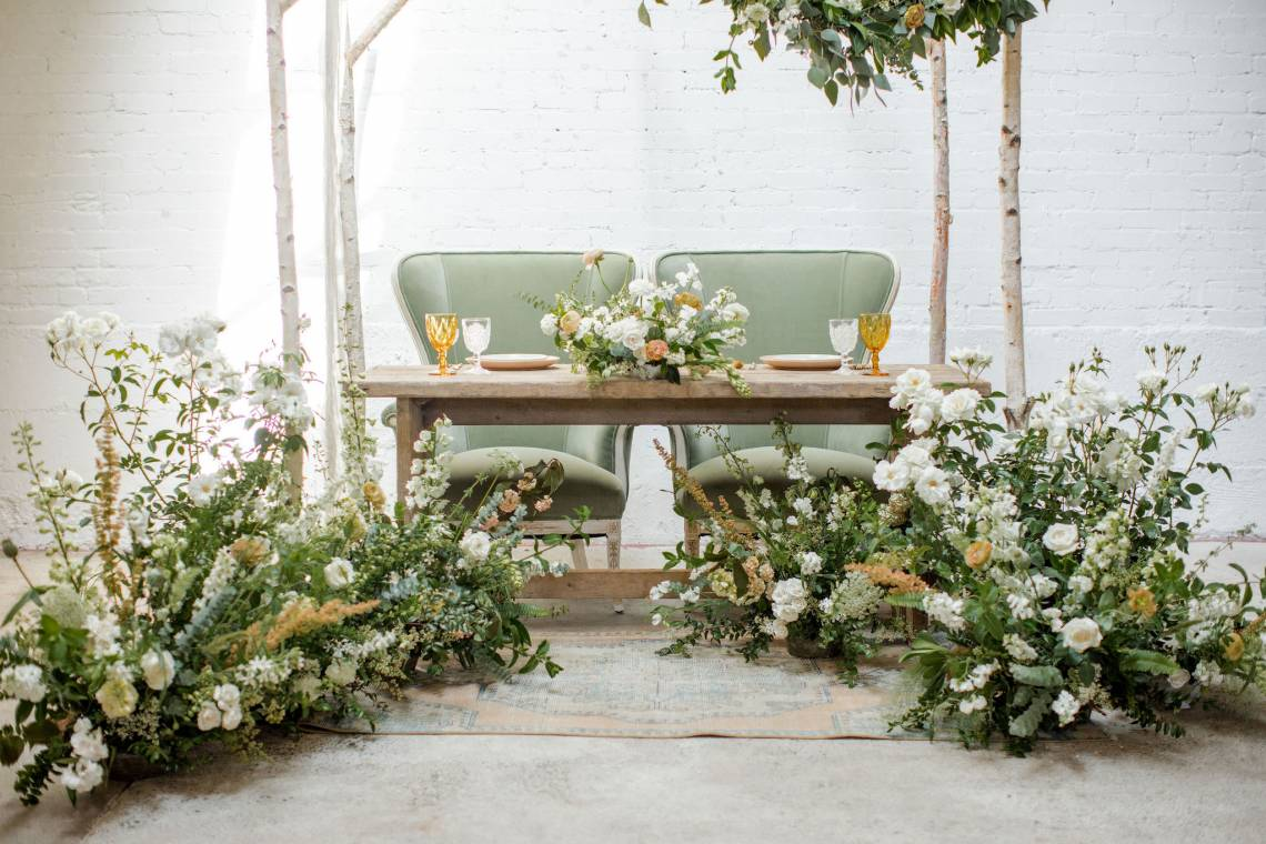 Vintage-sweetheart-table
