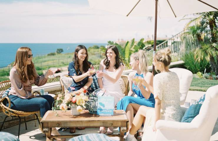 How to Throw a Proper Summer Soiree  featured image