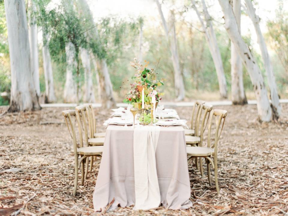 Fall Woodland Wedding Inspiration on Style Me Pretty featured image