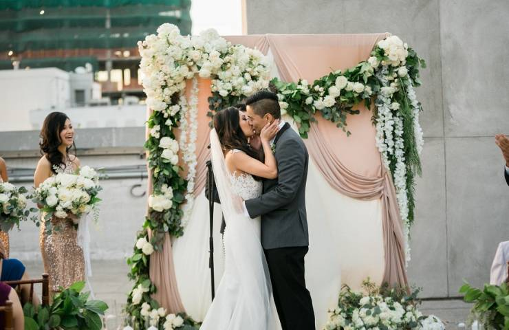 city wedding, chic wedding, agape planning, lin and jirsa, sweet salvage rentals, the hudson loft